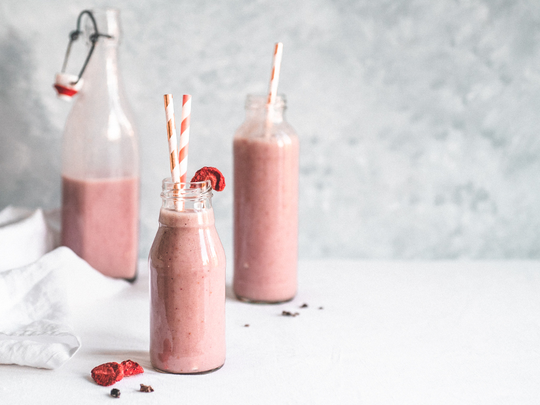 The Best Strawberry& Banana Smoothie