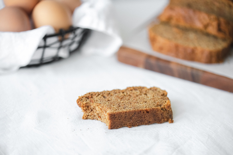 Easy Vegan Carrot Loaf